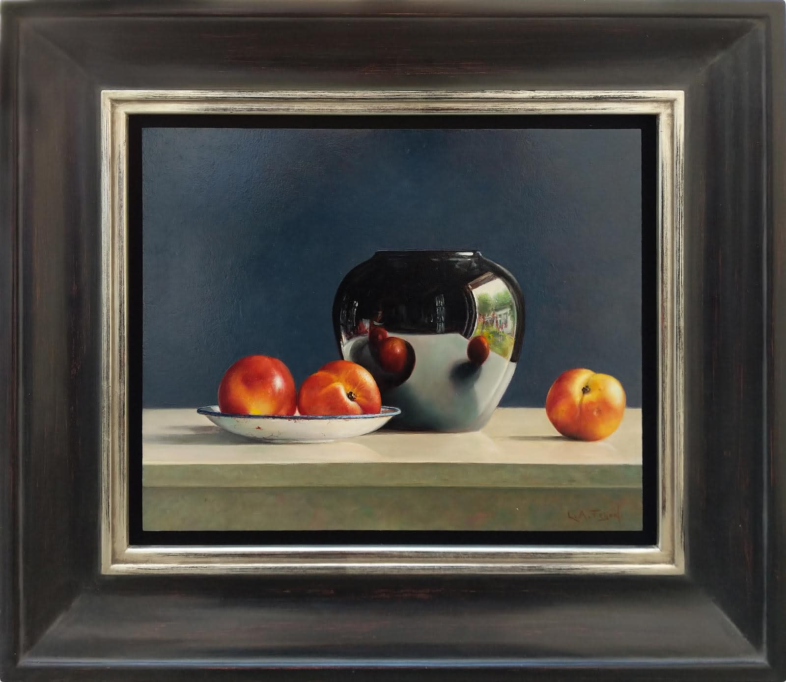 Black Pot With Peaches, Lion Feijen