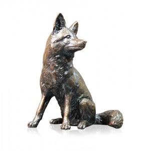 Fox Sitting,